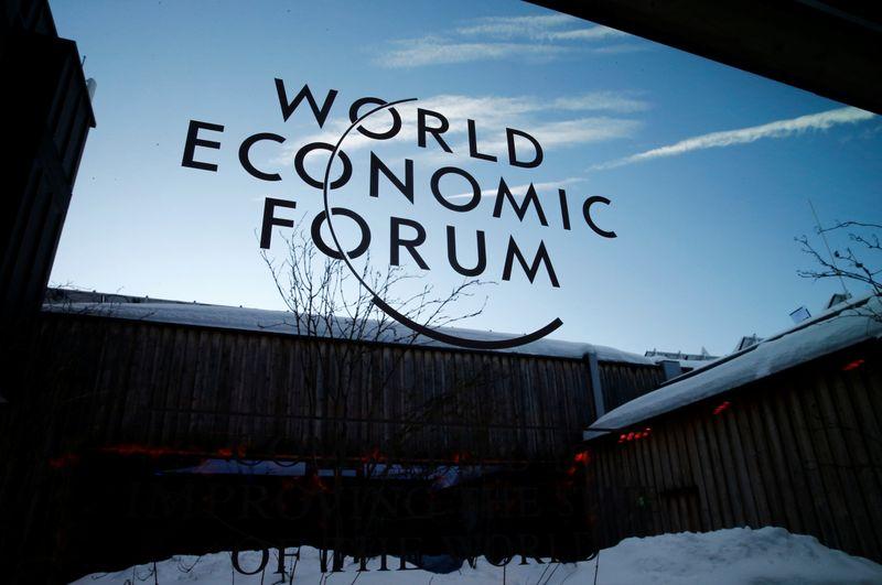 Fórum Econômico Mundial será realizado em Cingapura em maio, diz presidente