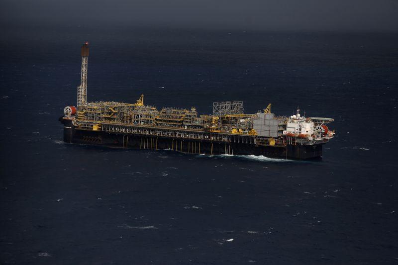 Petrobras afirma que perfuração em Búzios encontrou petróleo de ótima qualidade