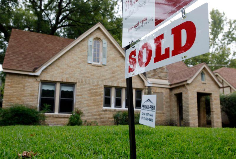 Vendas de moradias usadas nos EUA caem mais que o esperado em novembro