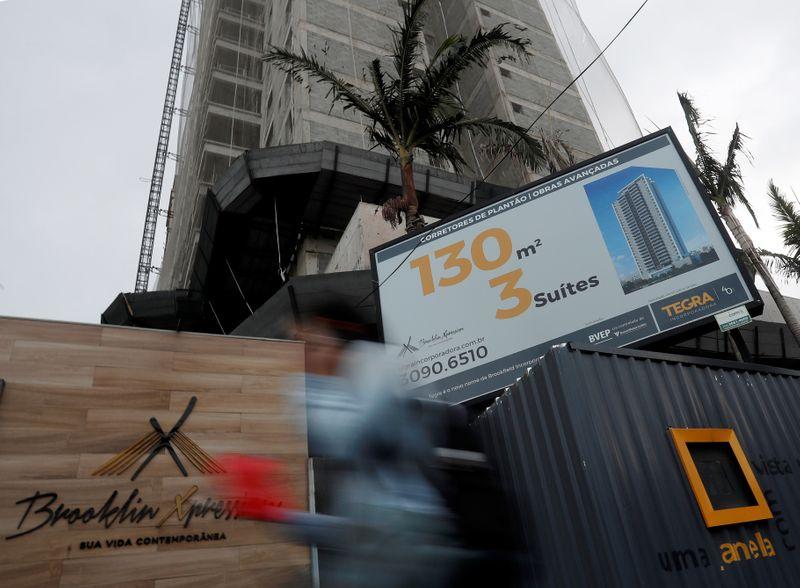 Financiamento imobiliário com recursos da poupança dispara 78% em novembro