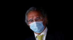 """Defesa de Guedes chama de """"leviano e irresponsável"""" pedido de afastamento de ministro"""