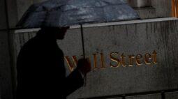 Wall St toca mínima em quase 7 semanas com temores sobre vírus e incerteza sobre estímulo