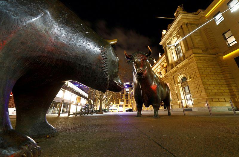 Ibovespa sobe com setor financeiro, mas sem fôlego para alcançar 98 mil pontos