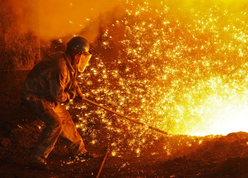 Siderúrgicas dos EUA defendem manutenção de tarifas de aço impostas por Trump