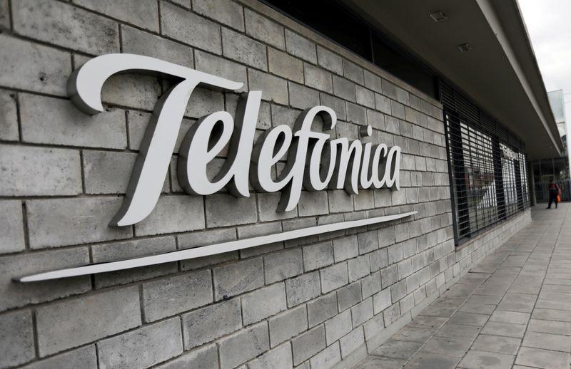 Ações da Telefónica saltam após venda de torres para American Towers