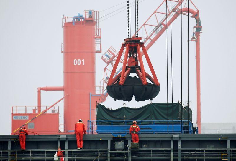Crescimento das exportações da China supera expectativas em dezembro com demanda global resiliente