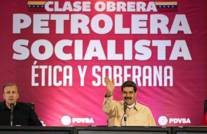 Venezuela propõe que empresas privadas possam operar campos de petróleo, dizem fontes