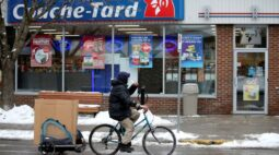Oposição no governo francês faz Couche-Tard desistir do Carrefour, dizem fontes