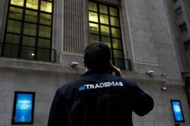 Wall St abre em alta antes de discurso de Yellen e com foco em balanços