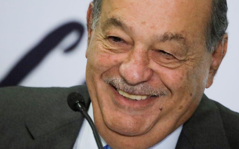 Carlos Slim, magnata das telecomunicações, se recupera bem da Covid-19, diz filho