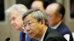 BC da China vai apoiar crescimento e observar riscos da dívida, diz presidente