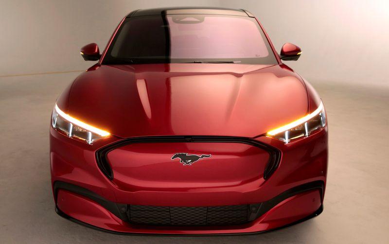 Produção da Ford na Europa será toda de carros elétricos até 2030