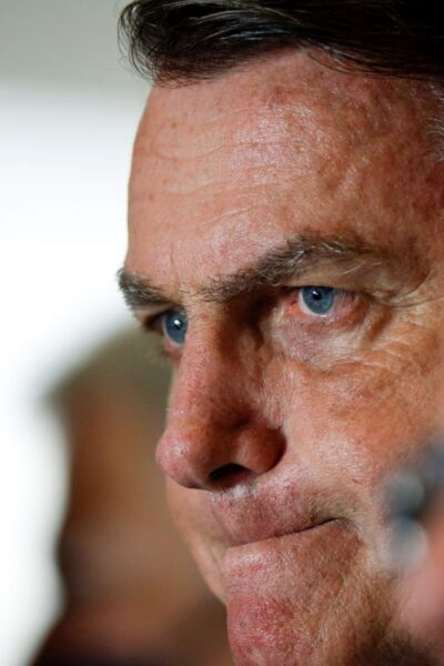 """""""Isso vai ter uma consequência, obviamente"""", diz Bolsonaro sobre fala de presidente da Petrobras"""