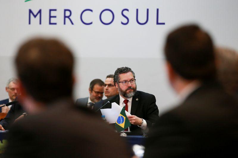 França diz que não há chance no momento de assinar acordo comercial do Mercosul