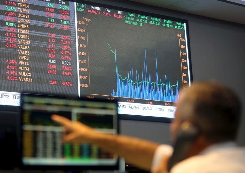 Petrobras reage e lidera recuperação do Ibovespa, mas NY freia ímpeto