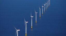 Senador apresenta projeto com marco legal para usinas eólicas no mar do Brasil
