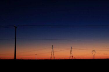 ONS vê alta na carga de energia do Brasil de 4,1% em março
