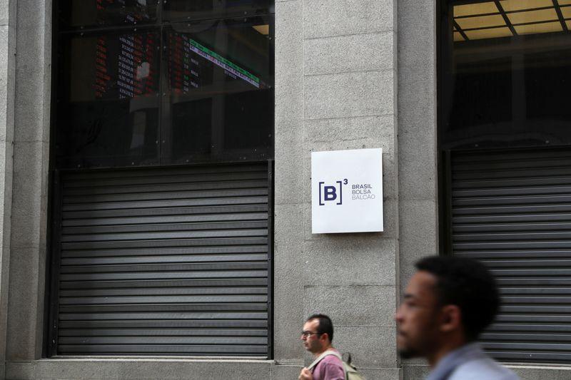 Fabricante de implementos rodoviários Librelato pede registro para IPO
