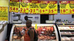 Expectativa para inflação este ano no Focus se aproxima de 4%, com real mais desvalorizado