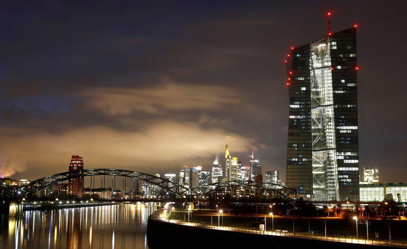 Autoridades do BCE divergem sobre impacto de estímulo dos EUA e perspectivas, dizem fontes