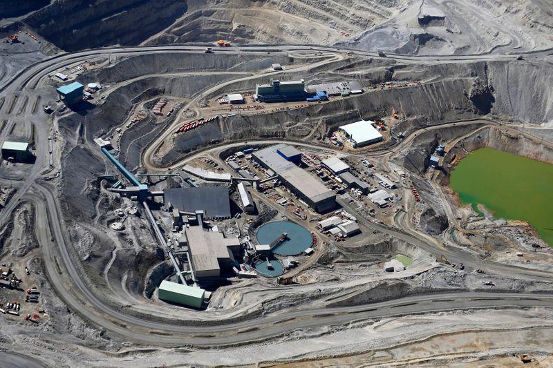 Novo ciclo do cobre traz chance para que mineradoras mudem sua imagem, dizem executivos