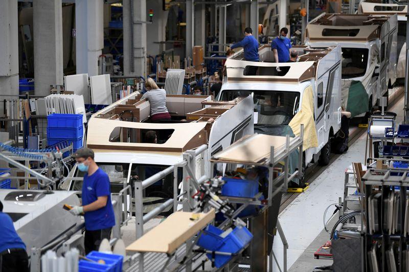 Demanda por produtos alemães mantém fábricas à tona durante lockdown