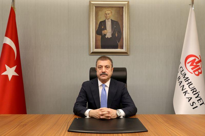 """Novo presidente do BC da Turquia rejeita visões """"preconceituosas"""" sobre corte nos juros, diz Bloomberg"""