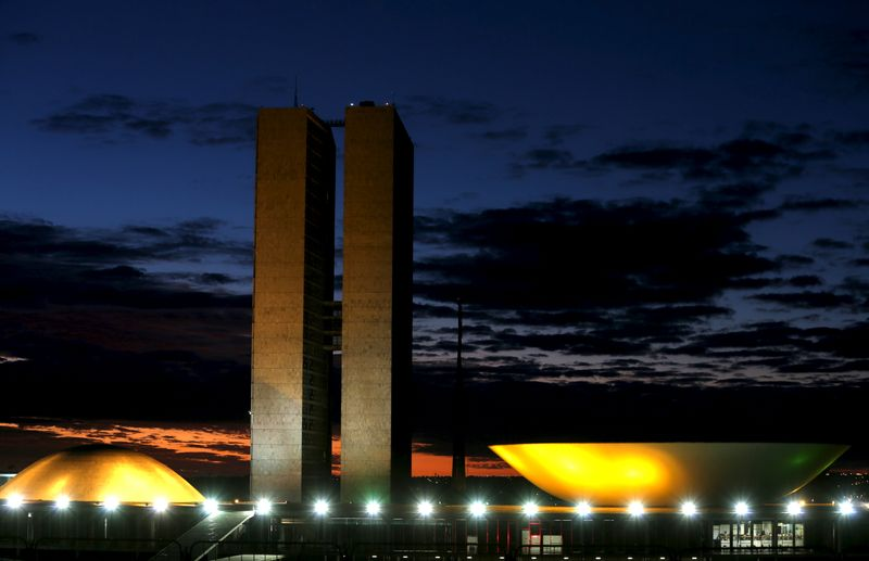Ajuste do Orçamento demandará corte de emendas parlamentares, diz Tesouro