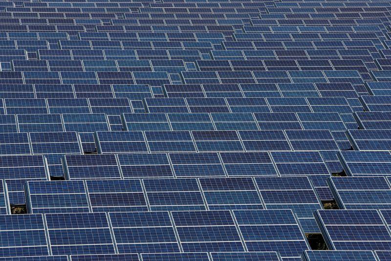 Safira Energia diversifica com unidade de geração solar distribuída