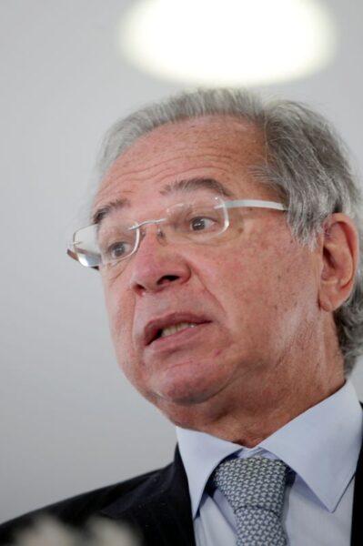 Ao FMI, Guedes defende cooperação internacional em vacinação