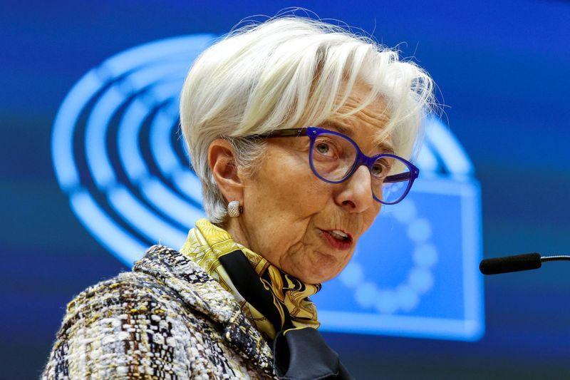 Lagarde, do BCE, vê recuo no risco sobre o crescimento além do curto prazo