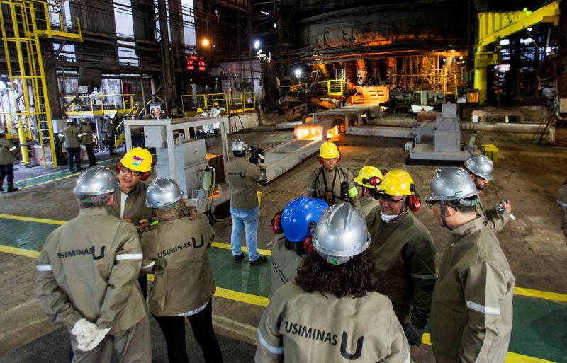 Usiminas anuncia alta de preços de aço a partir do dia 12, diz Itaú BBA
