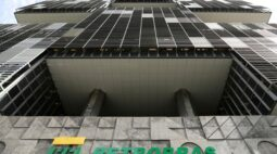 Assembleia da Petrobras aprova dividendos aos acionistas de R$10,3 bi