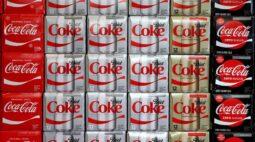 Lucro da Coca-Cola supera previsões no 1º tri com vacinação, demanda na Ásia