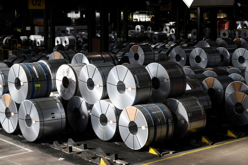 Produção de aço bruto sobe e vendas disparam em março, diz Aço Brasil