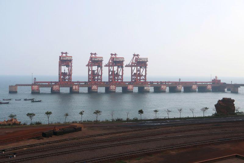 Minério de ferro salta mais de 3% com melhores margens do aço na China
