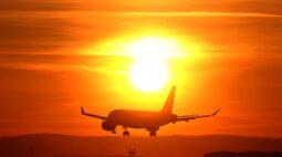 Aéreas reduzem a previsão de tráfego global com reveses na recuperação