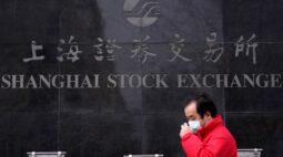 Ações da China fecham em baixa por tensões com os EUA