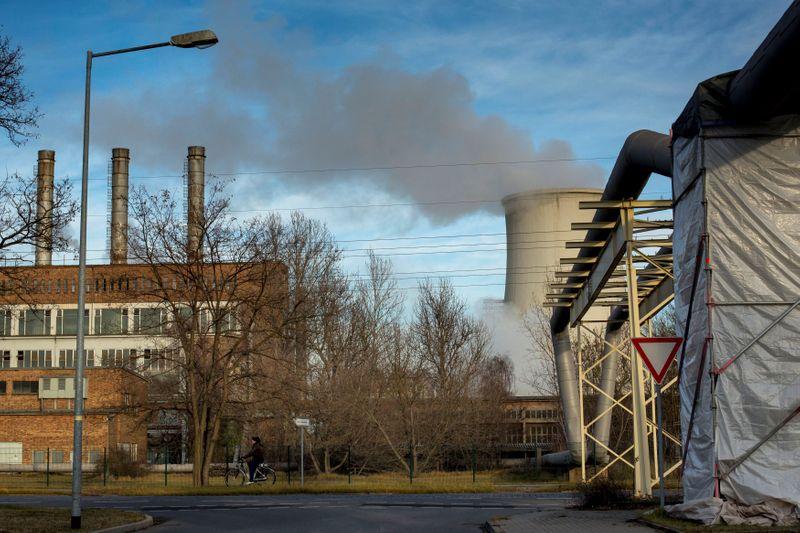 EXCLUSIVO-ArcelorMittal e Vattenfall formam consórcio em hidrogênio com Shell, Airbus e outros
