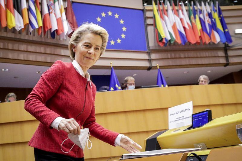 Parlamentares desconfiados da UE apoiam acordo comercial com Reino Unido