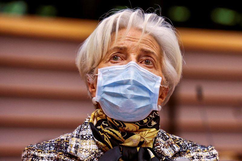 Lagarde, do BCE, vê recuperação rápida à medida que vacinações aceleram