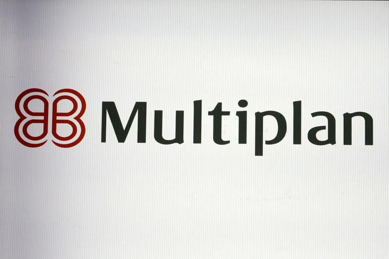 CORREÇÃO-Multiplan tem queda no lucro do 1º tri com recuo em receita