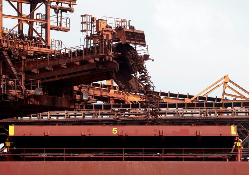 Exportações de minério do Brasil crescem 7,5% em abril; receitas dobram