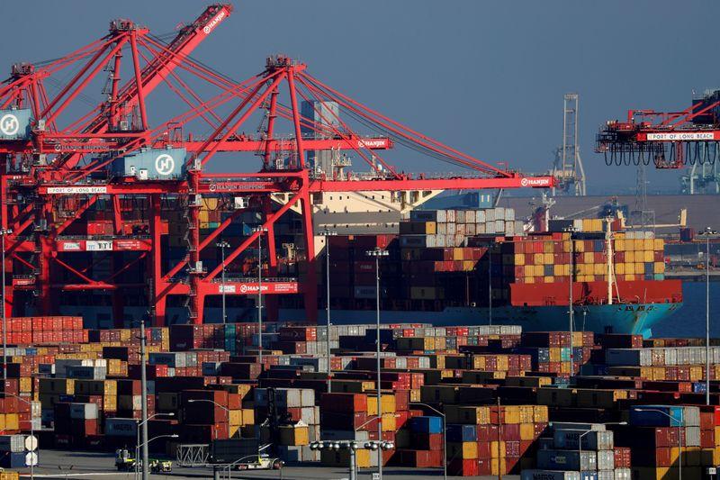 Déficit comercial dos EUA atinge máxima recorde em março