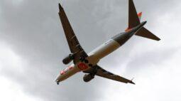 Demanda por voos da Gol em abril sobe ano a ano, mas cai 36% ante março