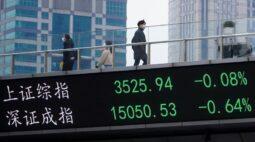Mercado acionário da China fecha em baixa com dados fracos de empréstimo bancário