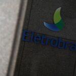 Lucro da Eletrobras salta 31% no 1° tri apoiado por negócios em transmissão