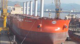 Vale equipa navio com velas para transportar minério de ferro com menos emissões