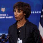 Revisão de tarifas pelos EUA considera escassez de commodities e inflação, diz autoridade