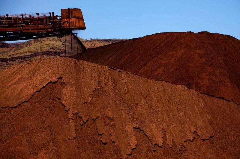 Minério de ferro salta 3% em Dalian em meio a preocupações com ofertas